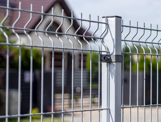 Steel Posts for Fencing Systems and Gates